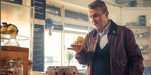 I can't have been the only one to think that Graham was teleported by the cupcake, right? I've never trusted cupcakes.